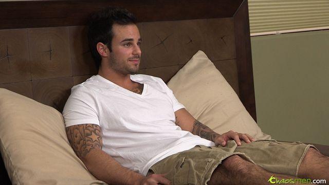 Cute tattooed guy Xavier jerks off | Daily Dudes @ Dude Dump