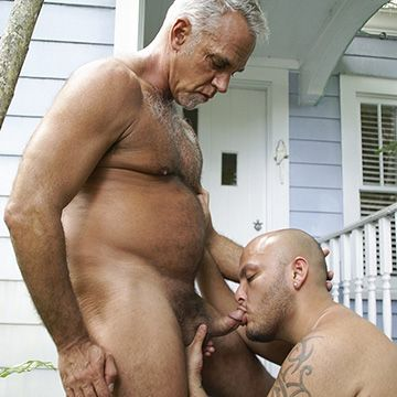 Daddy Raw Fucks Boy Hole | Daily Dudes @ Dude Dump