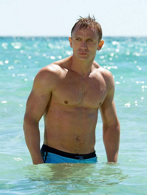 Daniel Craig's Speedo | Daily Dudes @ Dude Dump