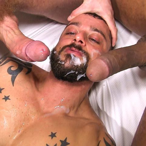 David Avila gets double-fucked | Daily Dudes @ Dude Dump