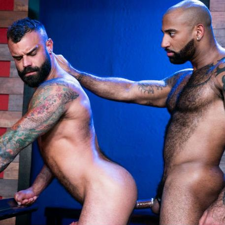 """Daymin Voss & Drake Masters in """"Furgasm"""" part 1 