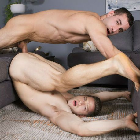 Deacon's ass takes a pounding from Randy | Daily Dudes @ Dude Dump