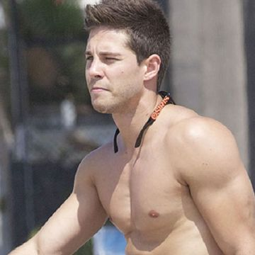 Dean Geyer naked and hard | Daily Dudes @ Dude Dump