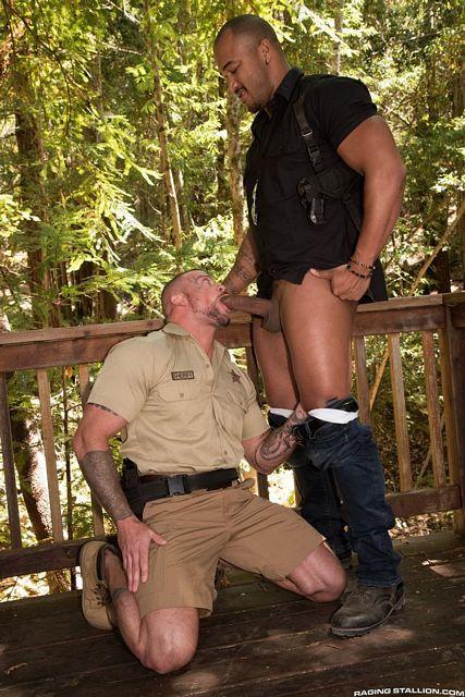 Detective Jason Vario Pounds Officer Sean Duran | Daily Dudes @ Dude Dump