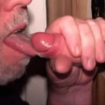 Eating Jizz At The Glory Hole | Daily Dudes @ Dude Dump