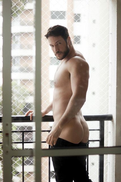 Edy Souza Posing For 'PROJECT NU QUARTO' By Caco | Daily Dudes @ Dude Dump