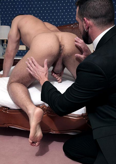 Enzo Rimenez (finally) fucked by Dato Foland! | Daily Dudes @ Dude Dump