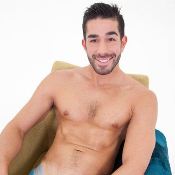 Ethan Russo rubs one out | Daily Dudes @ Dude Dump