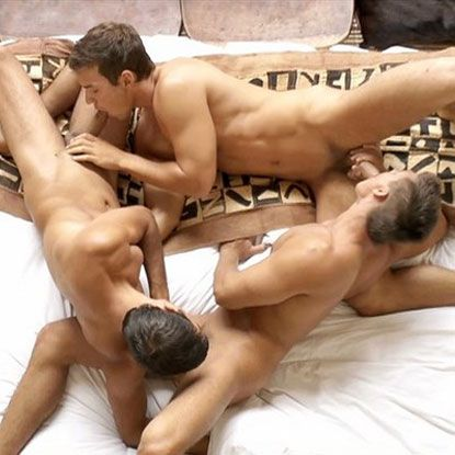 Euro studs in a bareback threesome | Daily Dudes @ Dude Dump
