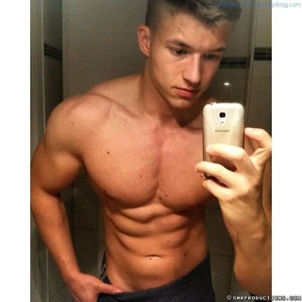 FitnessFreak, Fitting Name for CamWithHim Newcomer | Daily Dudes @ Dude Dump