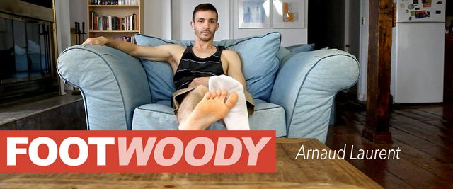 Foot Woody Arnaud Laurent – Bright Orange Soles | Daily Dudes @ Dude Dump