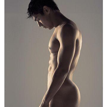 Footballer Paulo Roberto posts a naked selfie | Daily Dudes @ Dude Dump