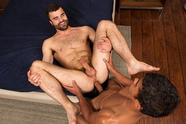 Glenn Barebacks and Breeds Pavel | Daily Dudes @ Dude Dump