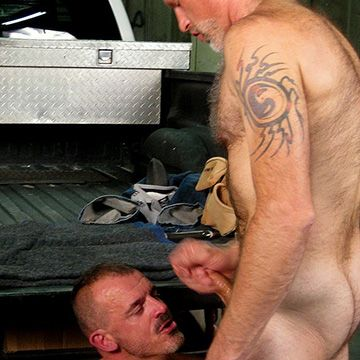 Hairy Men Fuck in a Truck | Daily Dudes @ Dude Dump