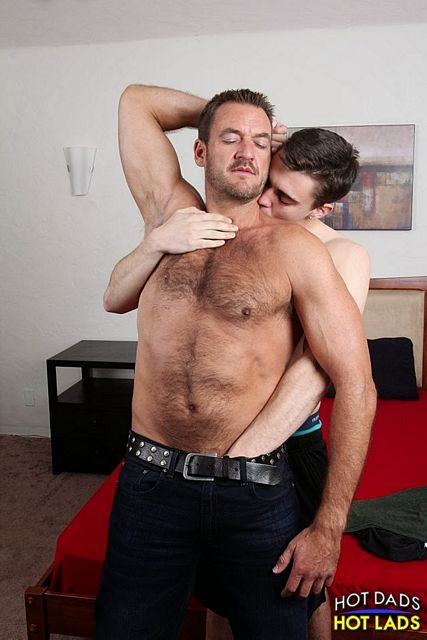 Hairy muscle-dad Anthony London fucks Asher Hawk | Daily Dudes @ Dude Dump