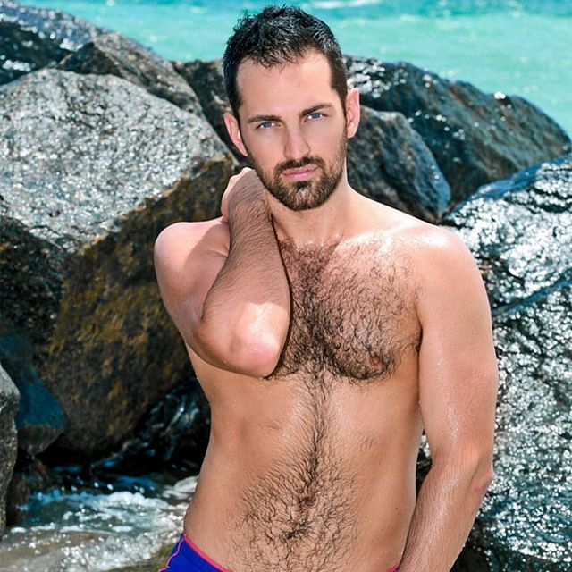 Hairy stud Rich Kelly solo | Daily Dudes @ Dude Dump