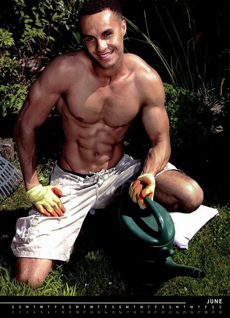 Handy Men With Muscles! | Guys R Us | Daily Dudes @ Dude Dump
