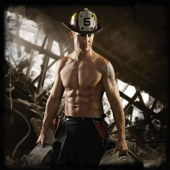 Heroic Firefighter Muscle! | Sexy Muscle Guys | Daily Dudes @ Dude Dump