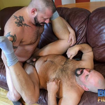 Horny Gay Bears Unload Together | Daily Dudes @ Dude Dump