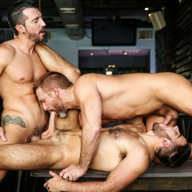 Hot Gay Porn Stars Having Threesome | Daily Dudes @ Dude Dump