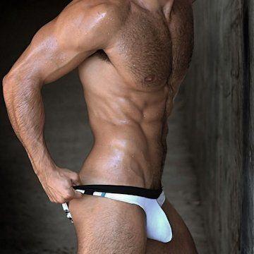 Hot shot — Pablo Hernandez | Daily Dudes @ Dude Dump