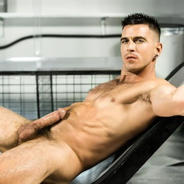 Hot shot — Paddy O'Brian | Daily Dudes @ Dude Dump