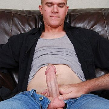 Hot Str8 Marine Galen Gets Another Blowjob | Daily Dudes @ Dude Dump