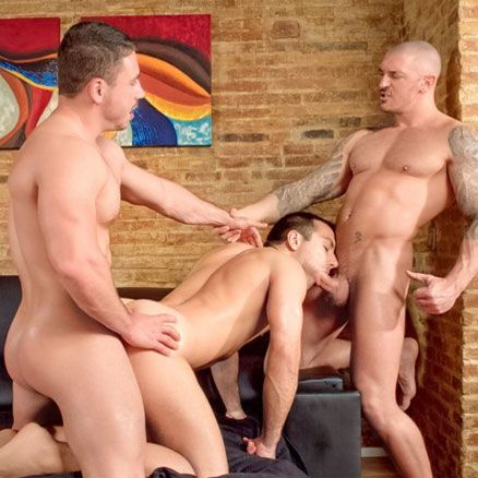 Hot studs in a threesome | Daily Dudes @ Dude Dump