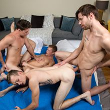 Hung straight guy in a gay orgy! | Daily Dudes @ Dude Dump