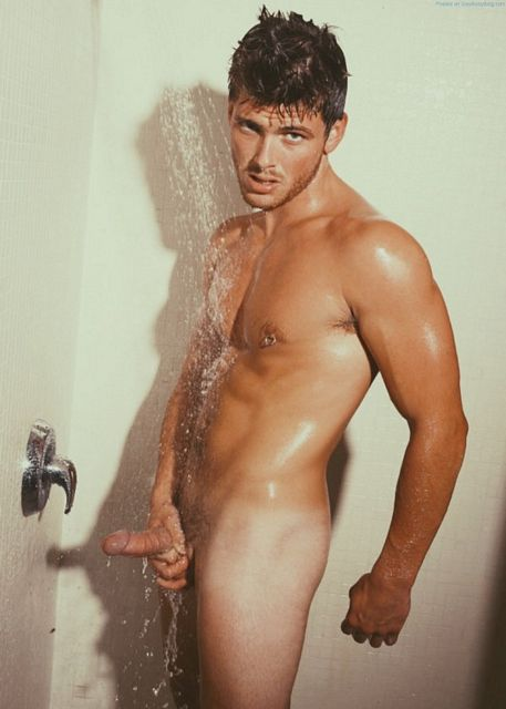 In The Shower With Kailen Makepeace | Daily Dudes @ Dude Dump