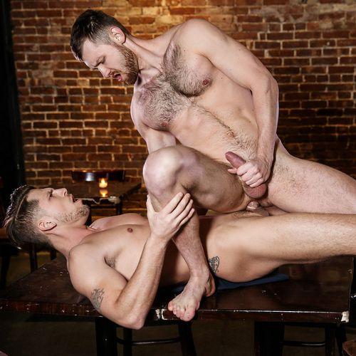 Jacob Peterson Rides Roman Todd | Daily Dudes @ Dude Dump
