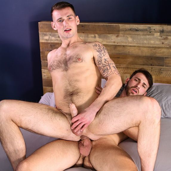 Jarec Wentworth fucks Chris Harder | Daily Dudes @ Dude Dump
