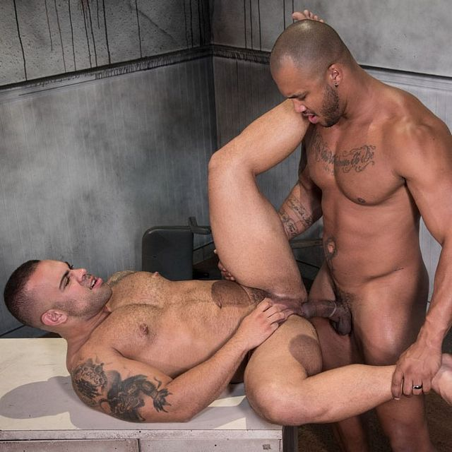 Jason Vario fucks Lorenzo Flexx | Daily Dudes @ Dude Dump