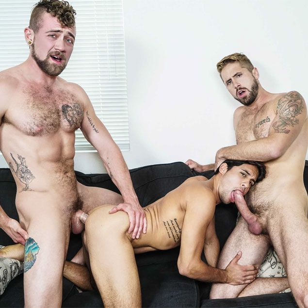 Jay and Wesley fuck Titus | Daily Dudes @ Dude Dump