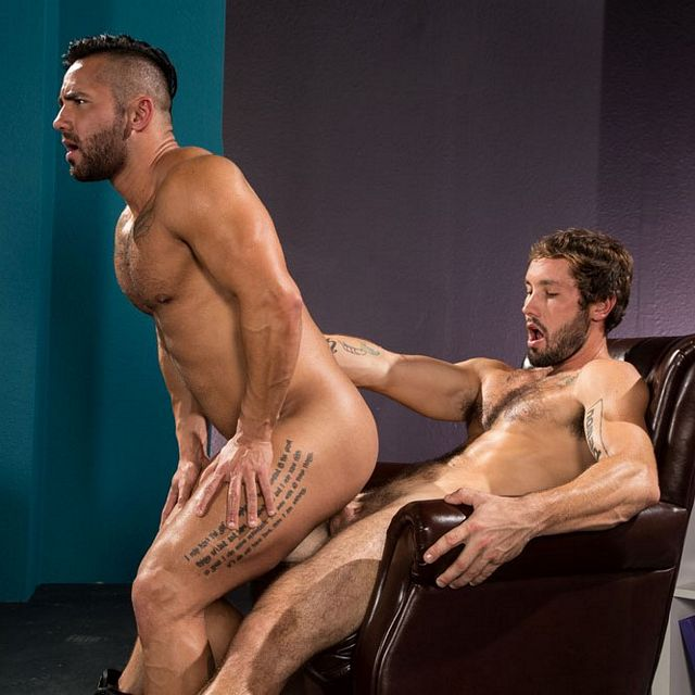 Jeff Powers fucks Bruno Bernal | Daily Dudes @ Dude Dump