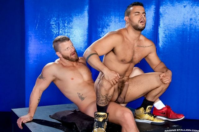 Jeremy Stevens fucks Tony Orion | Daily Dudes @ Dude Dump