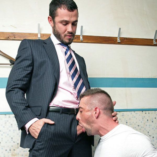 Jessy Ares fucks Scott Hunter | Daily Dudes @ Dude Dump