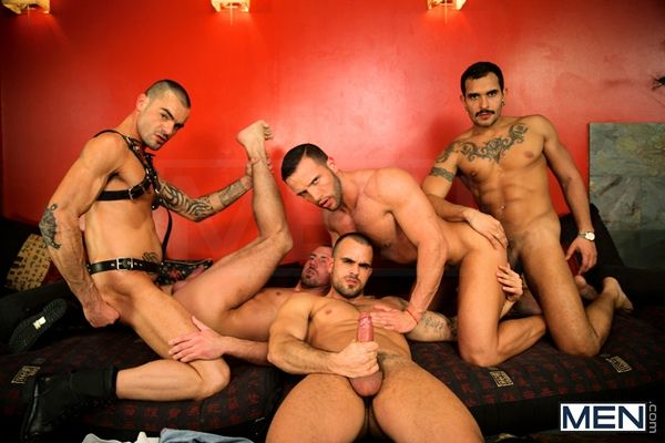 Jizzorgy – Justified – Hot Orgy | Daily Dudes @ Dude Dump