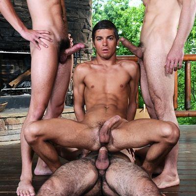 Johnny, Issac, Jorge & Ricky's Fourway Orgy | Daily Dudes @ Dude Dump
