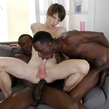Kurt Maddox In A Gay DP Video With Big Black Dicks | Daily Dudes @ Dude Dump