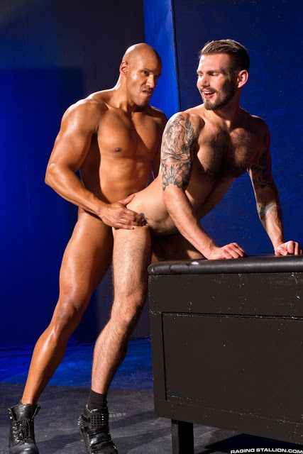 Labyrinth Michael Thomas and Chris Harder | Daily Dudes @ Dude Dump