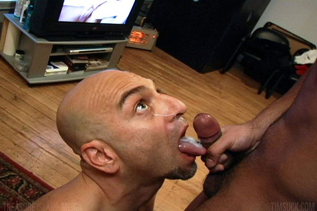 Latino Receives First BJ From A Guy | Daily Dudes @ Dude Dump