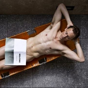 Lazy Sunday with Tom Hiddleston | Daily Dudes @ Dude Dump