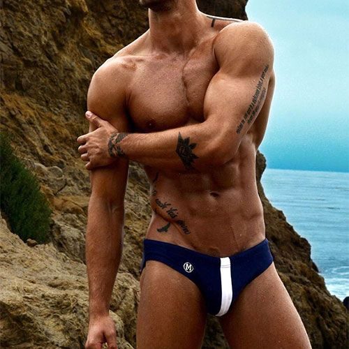 Love the Speedos | Daily Dudes @ Dude Dump