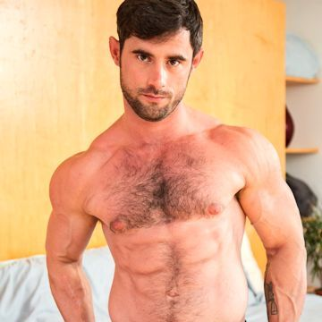 Lucas Vick makes his comeback | Daily Dudes @ Dude Dump