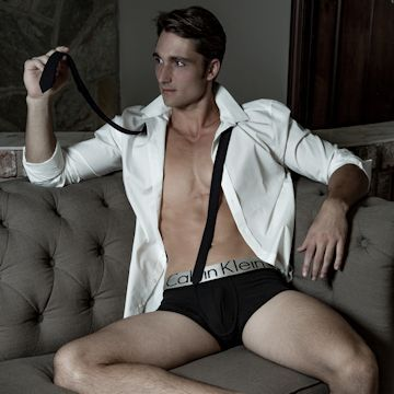 Luke Wilder looking spicy in CK | Daily Dudes @ Dude Dump