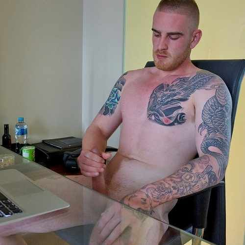 Mark Michaels, Straight Tattooed Hottie Jerks Off   Daily Dudes @ Dude Dump