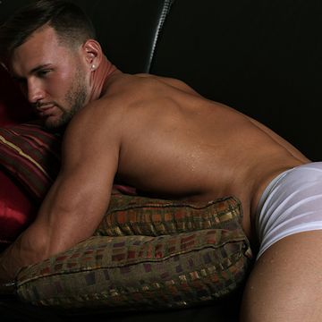 Martin King looking totally spent | Daily Dudes @ Dude Dump
