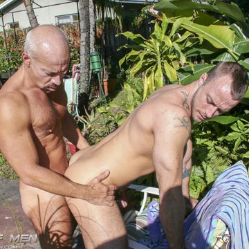 Max Dunhill Gives His Daddy Dick To Jessie Colter | Daily Dudes @ Dude Dump