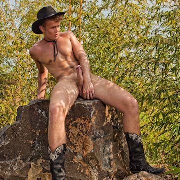 Midnight cowboy — Tom Pollock | Daily Dudes @ Dude Dump